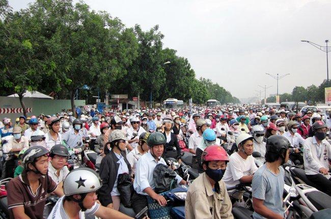 TPHCM nghiên cứu lộ trình cấm xe máy vào khu trung tâm