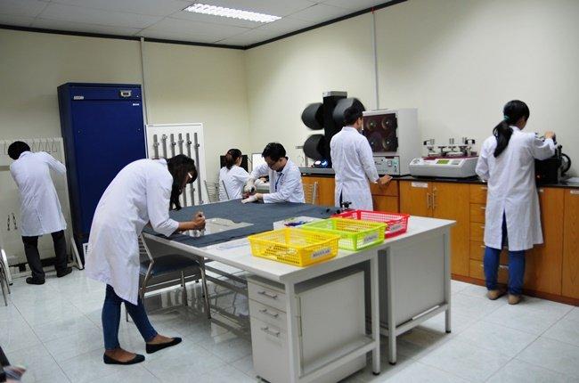TÜV Rheinland Việt Nam đưa phòng thử nghiệm dệt may vào hoạt động