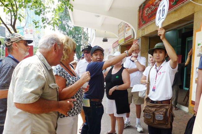 Hàng ngàn khách Úc, châu Âu đến Việt Nam