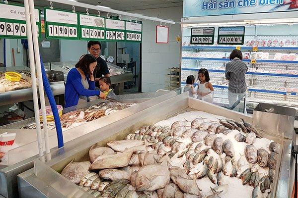 Bình ổn giá thịt heo và chuyện tiếp thị hàng nông sản